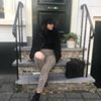 Angela van Vuurde zoekt een Kamer / Studio in Rotterdam