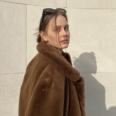 Klaudia zoekt een Kamer / Studio / Appartement / Huurwoning in Rotterdam