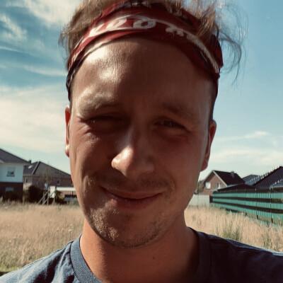 Jan-Luka zoekt een Kamer / Studio / Appartement / Woonboot in Rotterdam